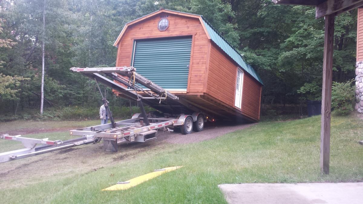 Attrayant Amish Built Barn Arrives